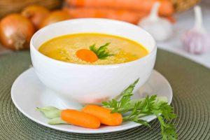 Sopa de cenoura - caldo - câncer - nutrição