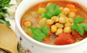 Sopa de grão de bicos - caldo - câncer - nutrição