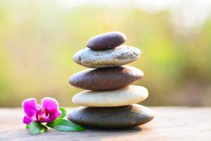 pedras; câncer; câncer e relaxamento; terapias complementares para o câncer