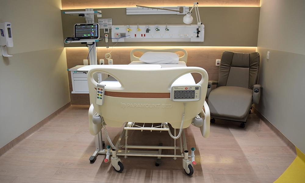 Transplante De Medula, Transplante De Medula Ossea, Transplante De Medula óssea, Como é Feito O Transplante De Medula Ossea, Quarto De Isolamento Tmo, Como é O Quarto De Isolamento De Tmo, Como E O Quarto De Isolamento De Tmo, Tmo Quarto De Isolamento, Tmo Paciente Isolado, Paciente De Tmo Precisa Ficar Isolado, Como Funciona Transplante De Medula, Transplante Medula Ossea Como é Feito, Como é Feito Transplante De Medula ósseam, Transfusão De Medula, Medula óssea Transplante, Explique Porque Em Alguns Casos O Transplante De Medula Ossea, Transplante De Medula Leucemia, Isolamento, Quarto De Isolamento, Transplante De Medula Riscos, Transplante De Medula óssea Alogênico, Contato Com Pessoas Que Fazem Quimioterapia, Contato Com Pessoas Que Fazem Transplante, Ficar Muito Tempo Deitado, O Que é Transplante, Transplante Alogenico, Cuidados Com Quimioterapicos E Principais Complicações, Cateter Para Quimio, Transplante De Corpo, Transplantado, Transplantada, Higiene Perineal, Depois Do Transplante De Medula Ossea, Hospital Transplante De Medula, Hospital Transplante De Medula óssea, Hospitais Que Fazem Transplante De Medula Ossea Em Sp, Hospitais Que Fazem Transplante De Medula Ossea No Brasil, Centros De Transplante De Medula Ossea No Brasil, Quando Se Faz Transplante De Medula Ossea,, Centro De Transplante De Medula óssea, Tmo Autologo, Complicacoes Pos Transplante De Medula Ossea, Tmo Medicina, Sobrevida Apos Transplante De Medula, Transplante De Medula Ossea Cuidados De Enfermagem, Transplante De Medula Autologo Riscos, Quais As Chances De Um Transplante De Medula Dar Certo, Isolamento Tmo