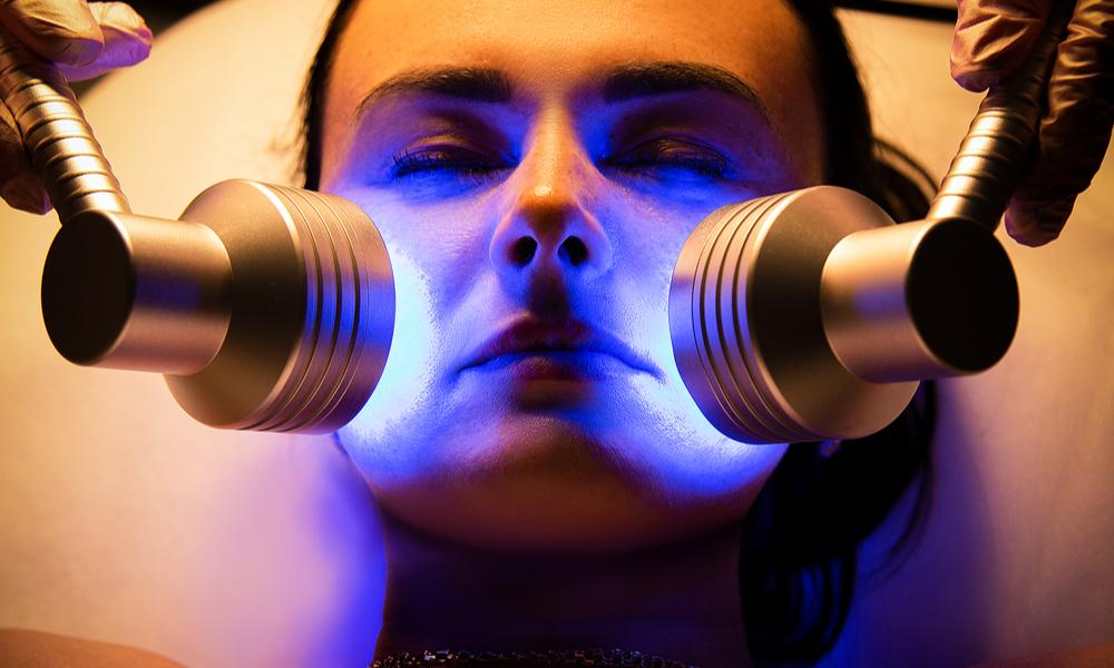 Cromoterapia, Cromoterapia Cores, Esferas De Cromoterapia, O Que é Cromoterapia, Cromoterapia Azul, Cromoterapia Significado Das Cores, Cromoterapia Verde, Cromoterapia O Que é, Lanterna De Cromoterapia, Aparelho De Cromoterapia, Bastão De Cromoterapia, Chuveiro Cromoterapia, Cromoterapia Como Aplicar, Esferas Cromoterapia, Lampada Cromoterapia, Cromoterapia Vermelho, Luminaria Cromoterapia, Luz Cromoterapia, Cromoterapia Amarelo, Cromoterapia Rosa, Aparelho Para Cromoterapia, Beneficios Da Cromoterapia, Significado Das Cores Cromoterapia, Cromoterapia Beneficios, Uminaria Para Cromoterapia, Protocolo De Cromoterapia, Cromoterapia Cancer, Cromoterapia Para Cancer